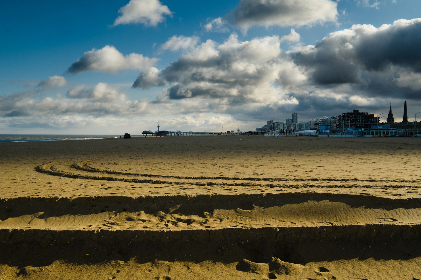 Sheveningen-Beach-Photos-Cover-Alessandro-1