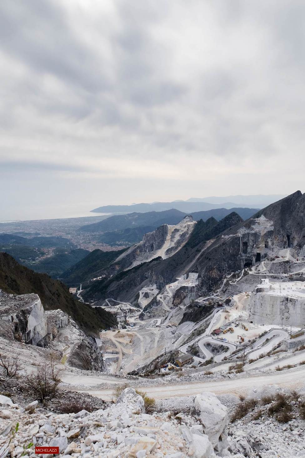 carrara-marble-cave-photos-14