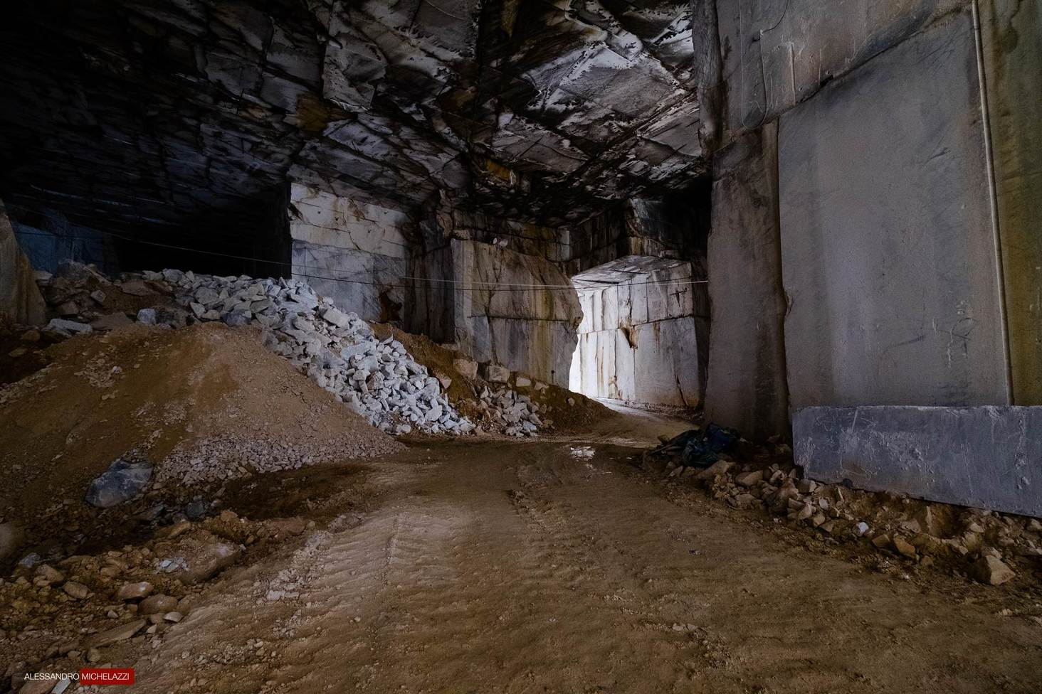carrara-marble-cave-photos-20